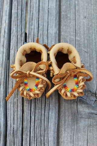 Newborn baby moccasins, beaded baby shoes