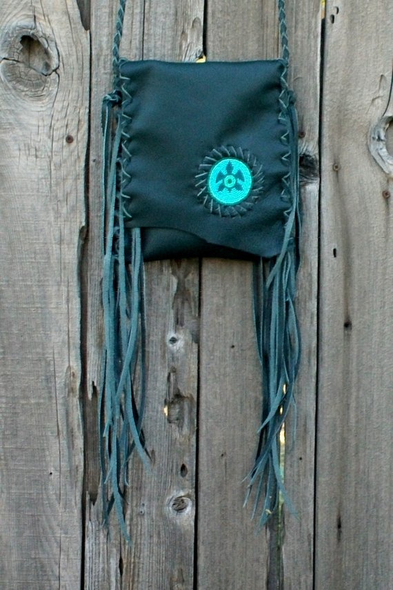 Green leather bag , Fringed leather purse with a beaded turtle , Fringed crossbody leather phone bag