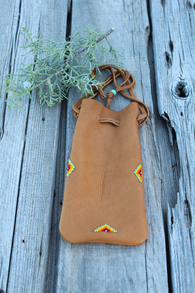 Buckskin leather beaded medicine pouch, large amulet bag