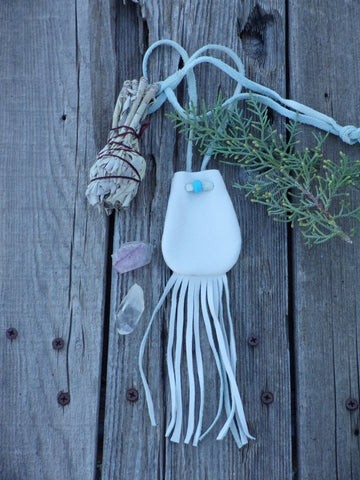 Fringed medicine bag, off white neck bag