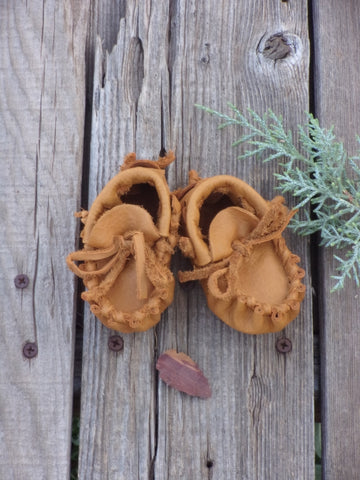 Newborn baby moccasins, baby shoes