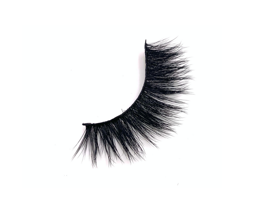 moscow faux mink lashes, minkk lashes, faux mink lashes, fake lashes, false lashes, false eyelashes, lashes that look real