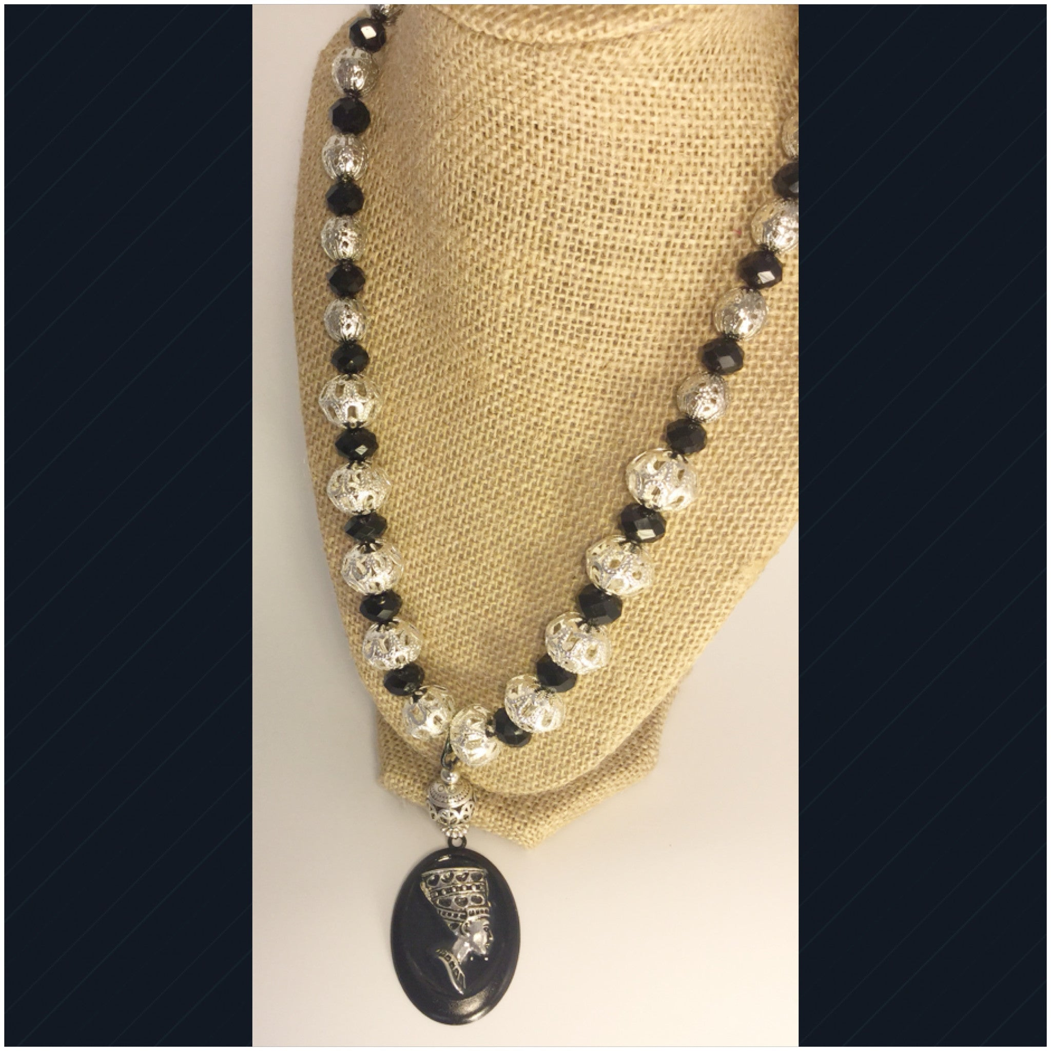 Nefertiti Queen Silver Necklace 3 D Crystal...