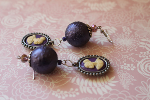 Vintage purple Cameo Earring/Free Shipping - Oracle Jewelry