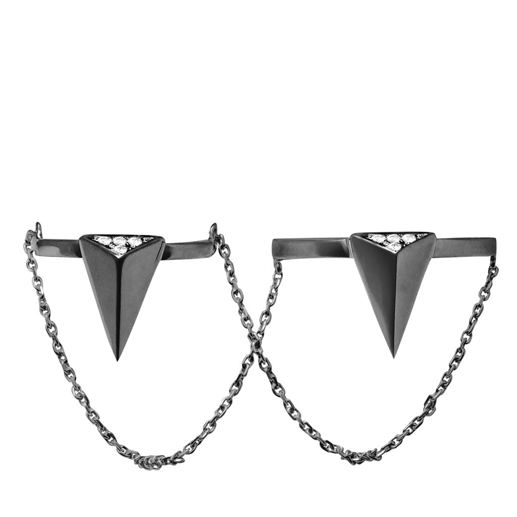 Double arrow chain-linked ring black plated 925 sterling silver studded with cubic zirconia