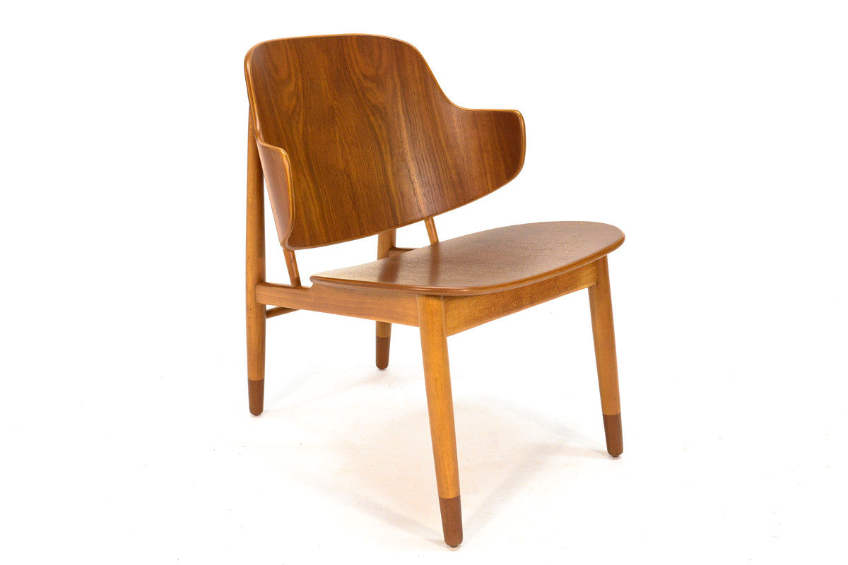 ... Pair Of Teak Shell Lounge Chairs By Kofod Larsen ...