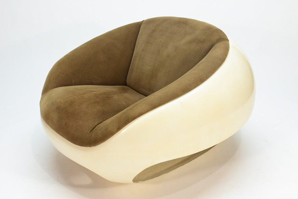 Pair of Fiberglass Orb Chairs by Mario Sabot