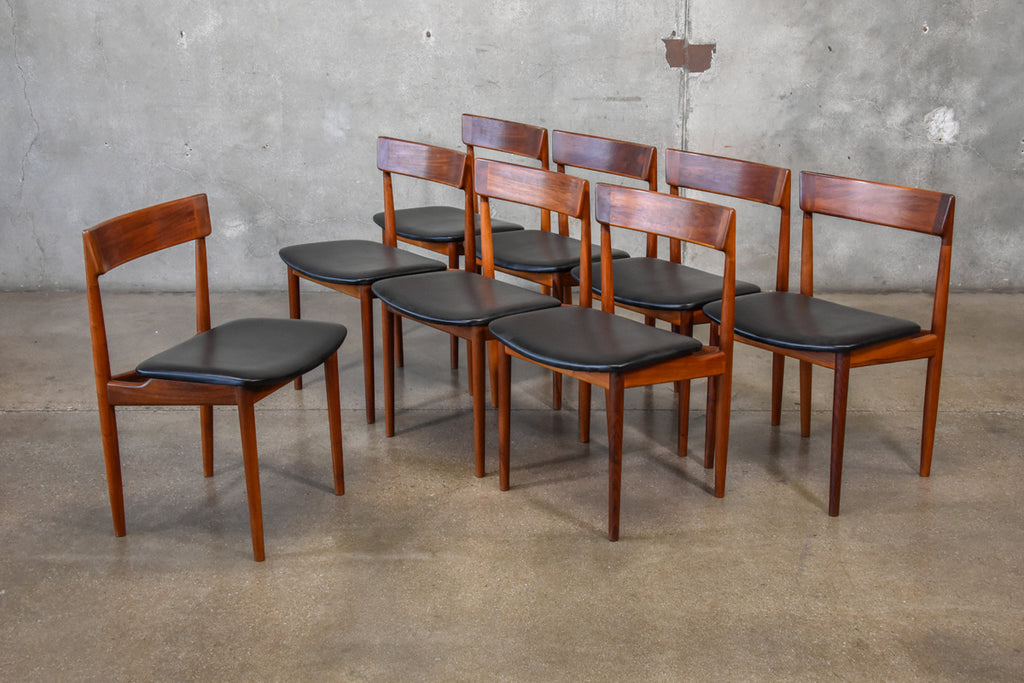 Set of Eight Rosengren Hansen Walnut Model 39 Chairs