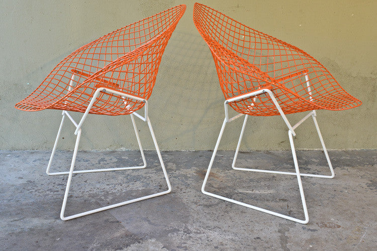 Awesome Pair of Knoll Bertoia Diamond Chairs
