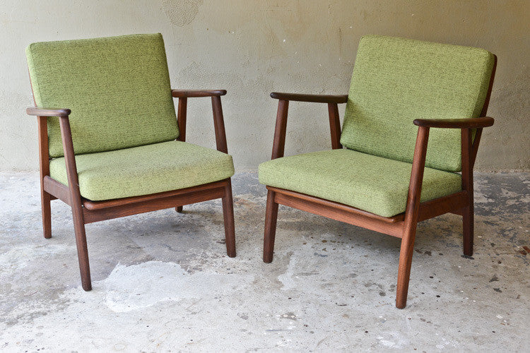 Pair of Hans Wegner Style Lounge Chairs