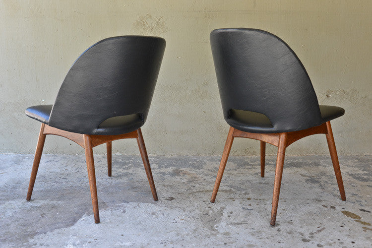 Pair of Adrian Pearsall 1404-C Scoop Chairs
