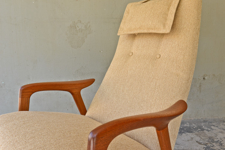 "Beautiful Yngve Ekstrom ""Mingo"" Lounge Chair"
