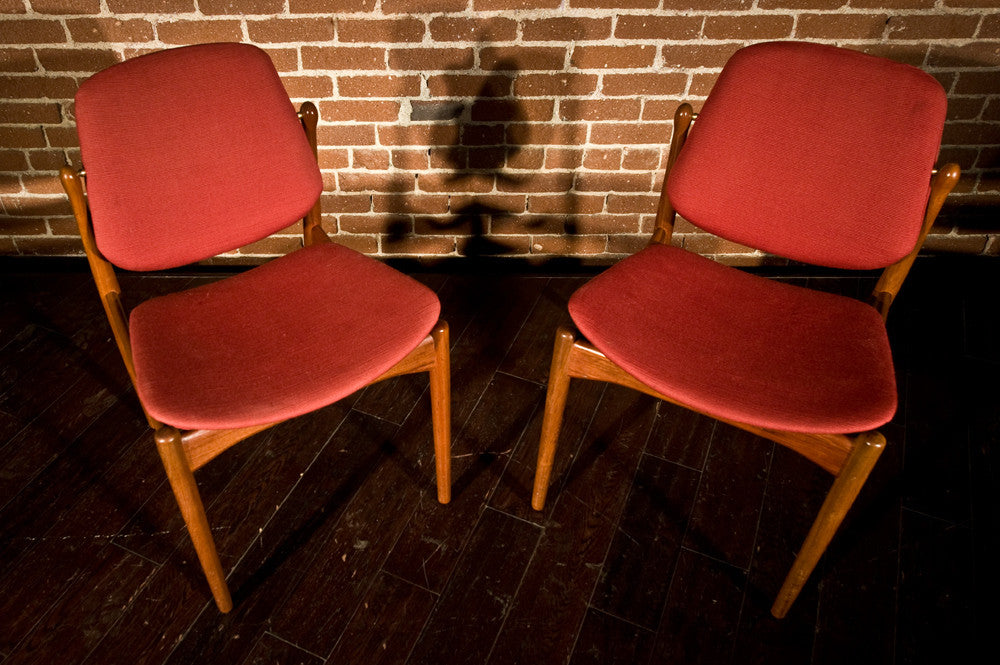 Beautiful Pair of Arne Vodder Dining Chairs