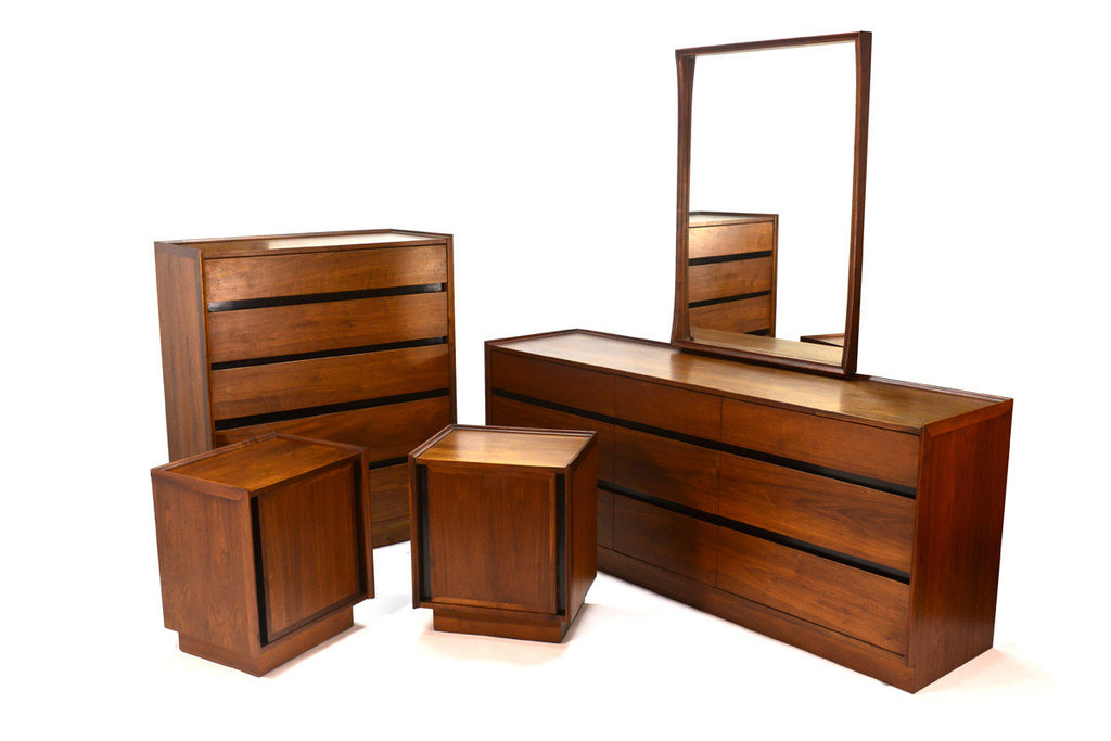 Complete Dillingham Esprit Bedroom Set