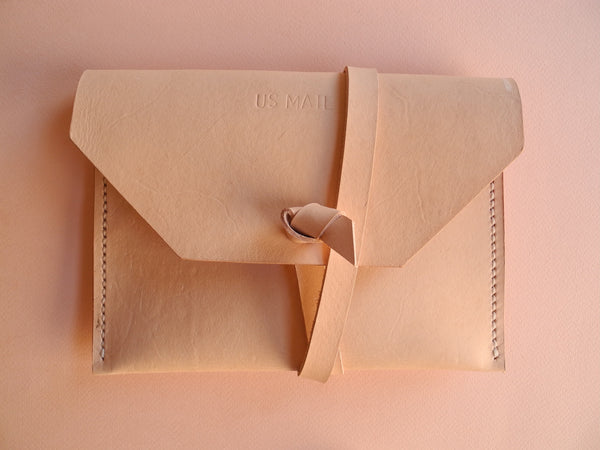US Mail Clutch