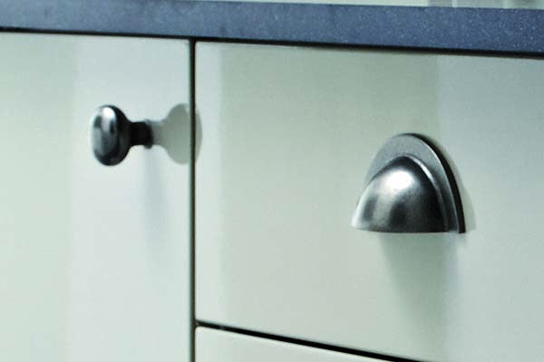 knob design photos and pics handlesy handlesi handles height inspirational cabinet planning kitchen cedar home with coolest about luxury all knobs of wardrobe door black