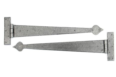 From the Anvil Pewter 22'' Arrow Head T Hinge (pair)