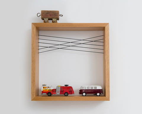 Square Frame Shelf | מדף עץ ריבועי