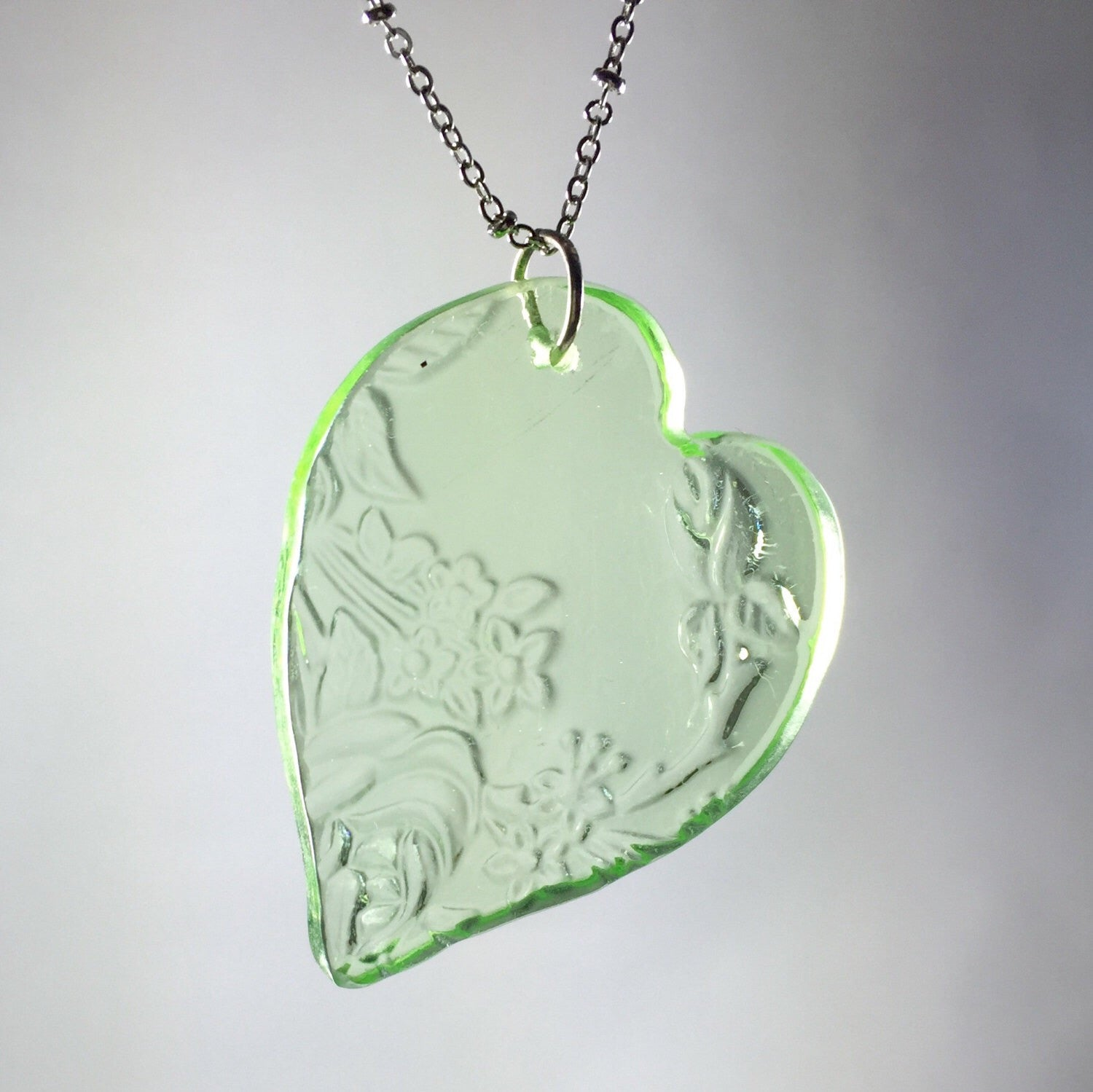Broken china jewelry - glass heart necklace