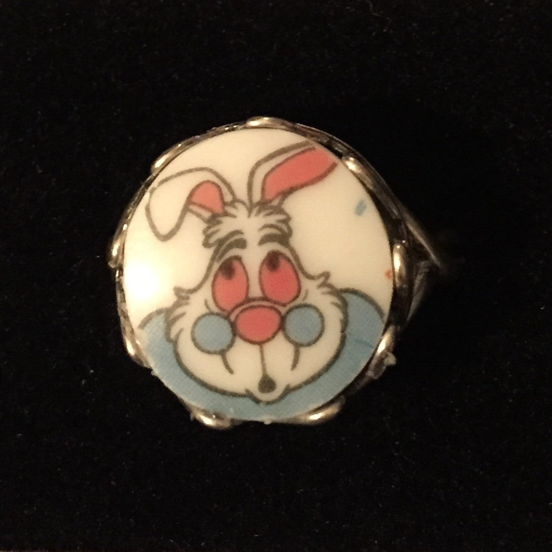 Alice in wonderland -  white rabbit ring - broken china jewelry