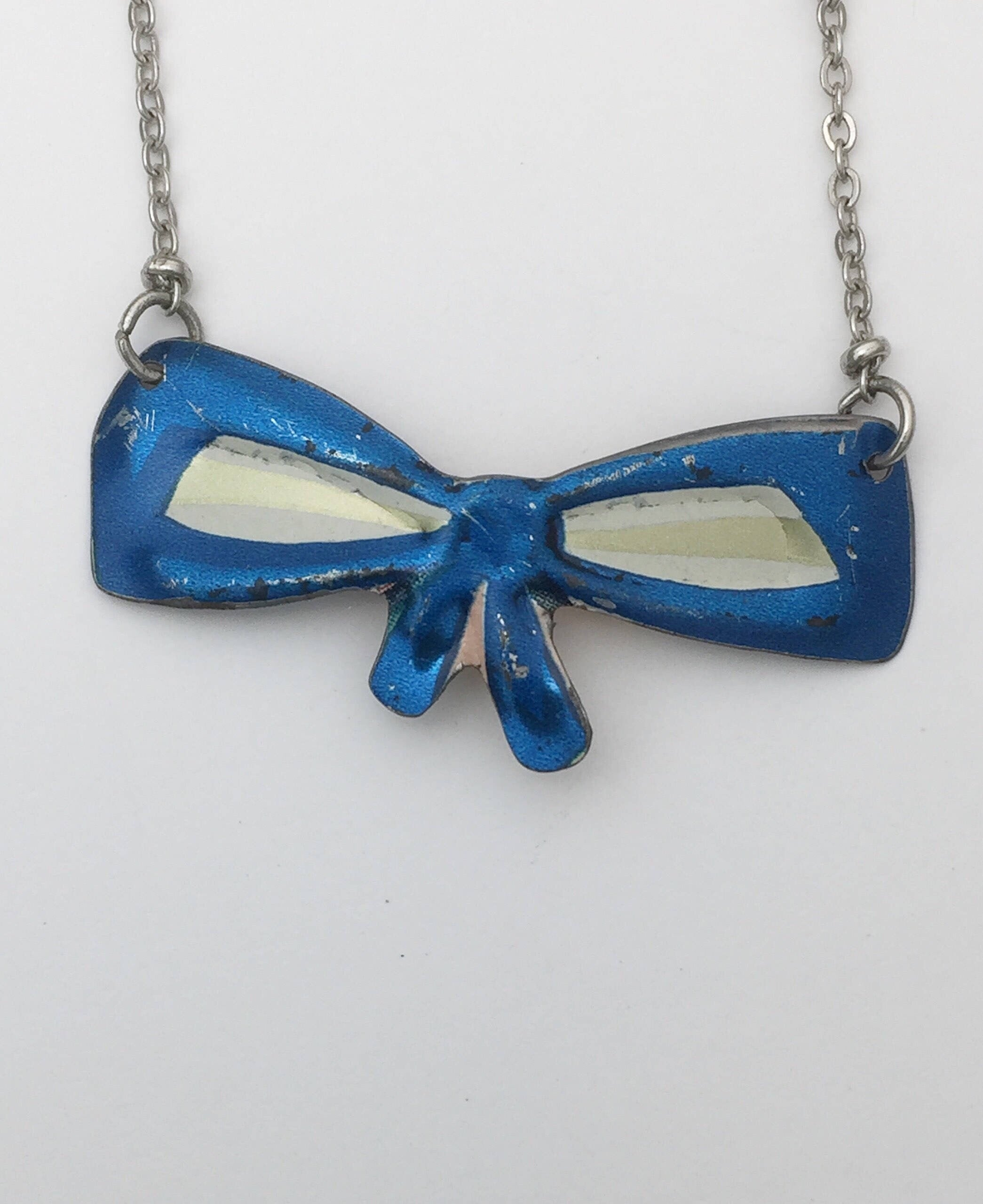Vintage Tin Jewelry -  Blue Bow Choker Necklace Close image