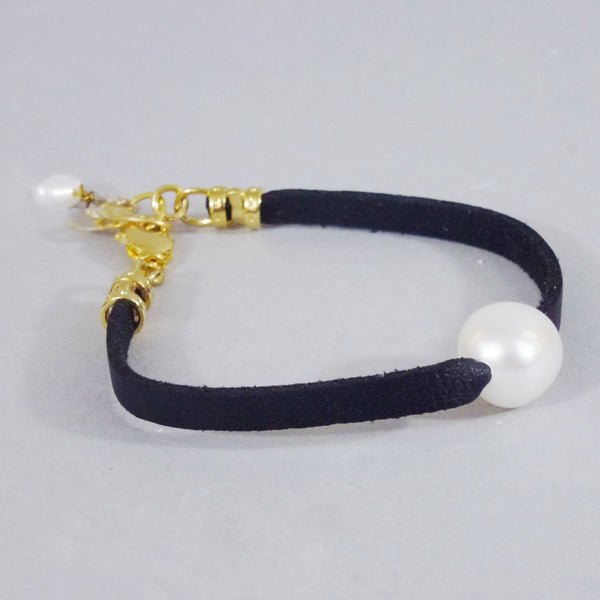 Nava Glazer - Suede and Pearls Bracelet