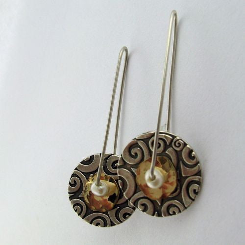 Circle Swirl With Gold Earrings