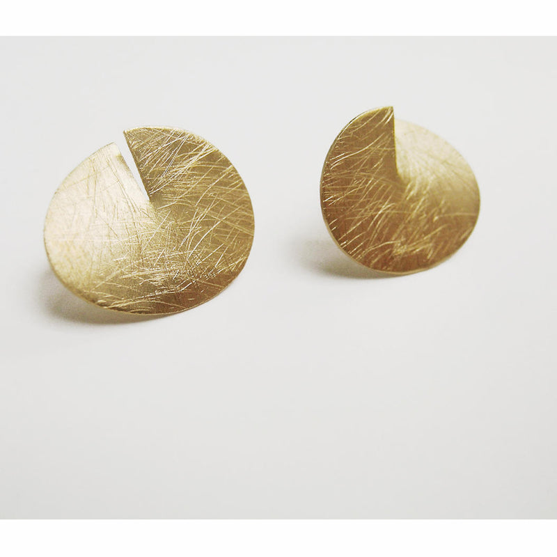 Joid'art - Stud Gold Open Circle Earrings