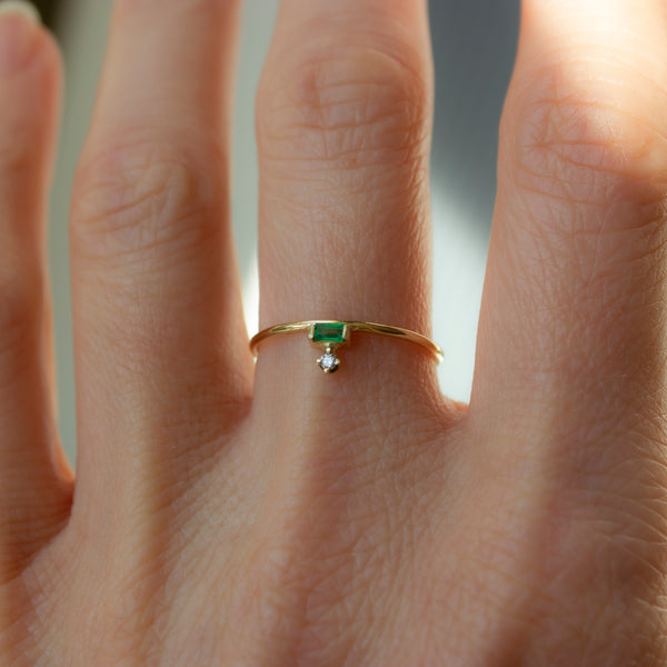 ELFIN PETITE TIARE RING - EMERALD AND DIAMOND - Irena Chmura Jewellery