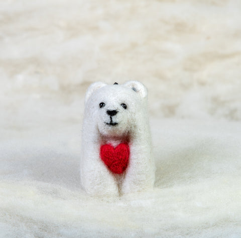 Bear - Polar Bear with Heart