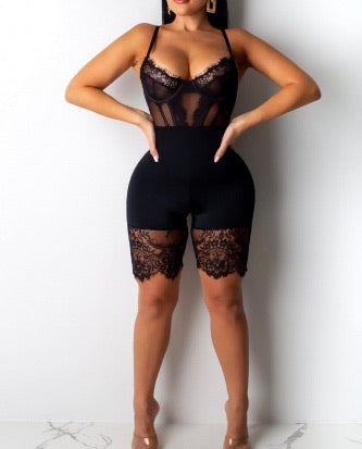 Pretty Prissy Lace Bodysuit-Black