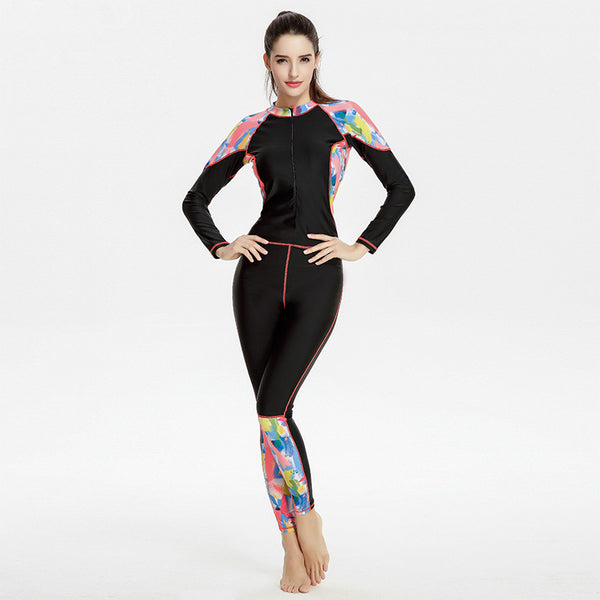 One Piece Trendy Swimsuit with Slim Print