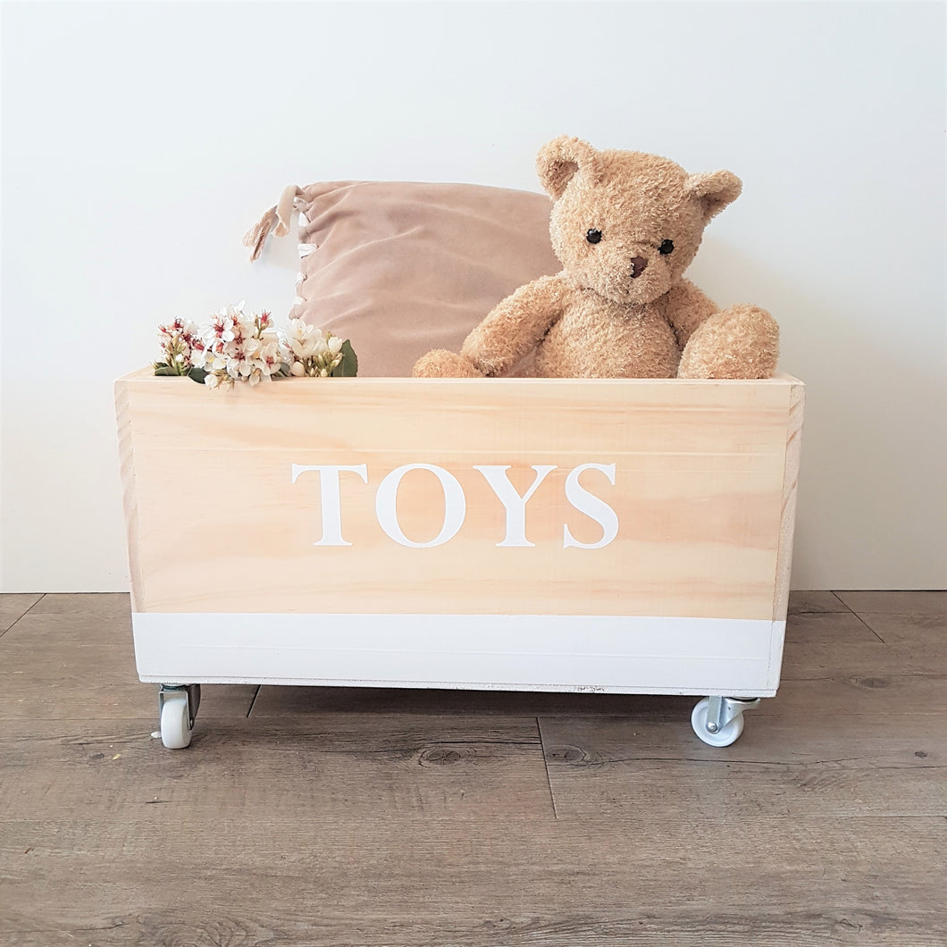 Personalised Toy Box- Vintage font