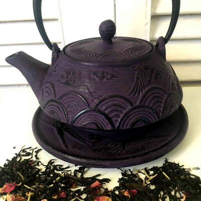 Cast iron teapot 400ml, Purple iron tea pot infuser and trivet, QTea