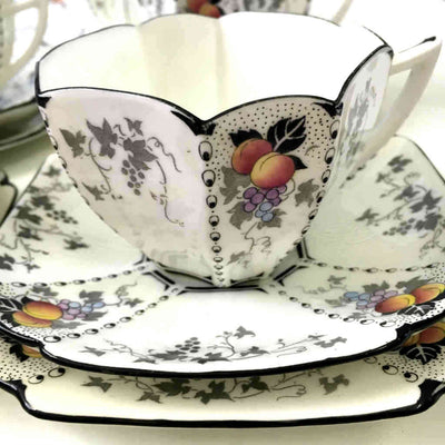Shelley England, Queen anne tea set Peaches and Grapes Reg No 723404 Pattern 11498, Qtique