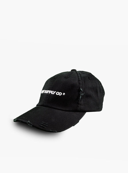DISTRESSED HEAVY SCRIPT CAP IN BLACK