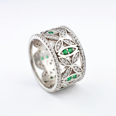 14K White Gold Emerald & Canadian Diamond Band