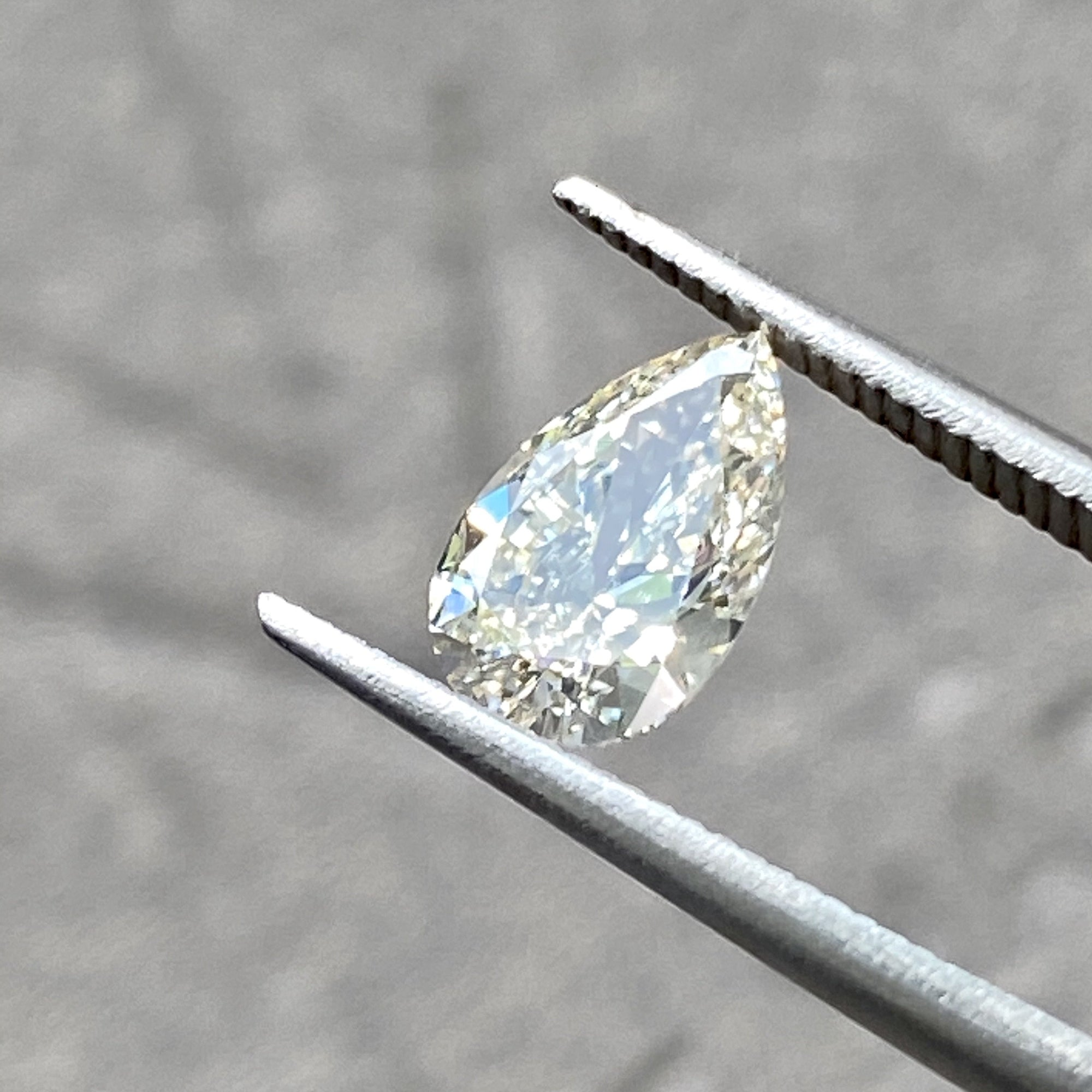 1.01CT Brilliant Cut Pear Champagne Diamond, 9.03x5.69mm