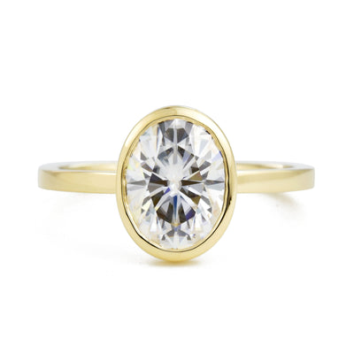 Aura Oval Bezel 1.5ct Moissanite Engagement Ring
