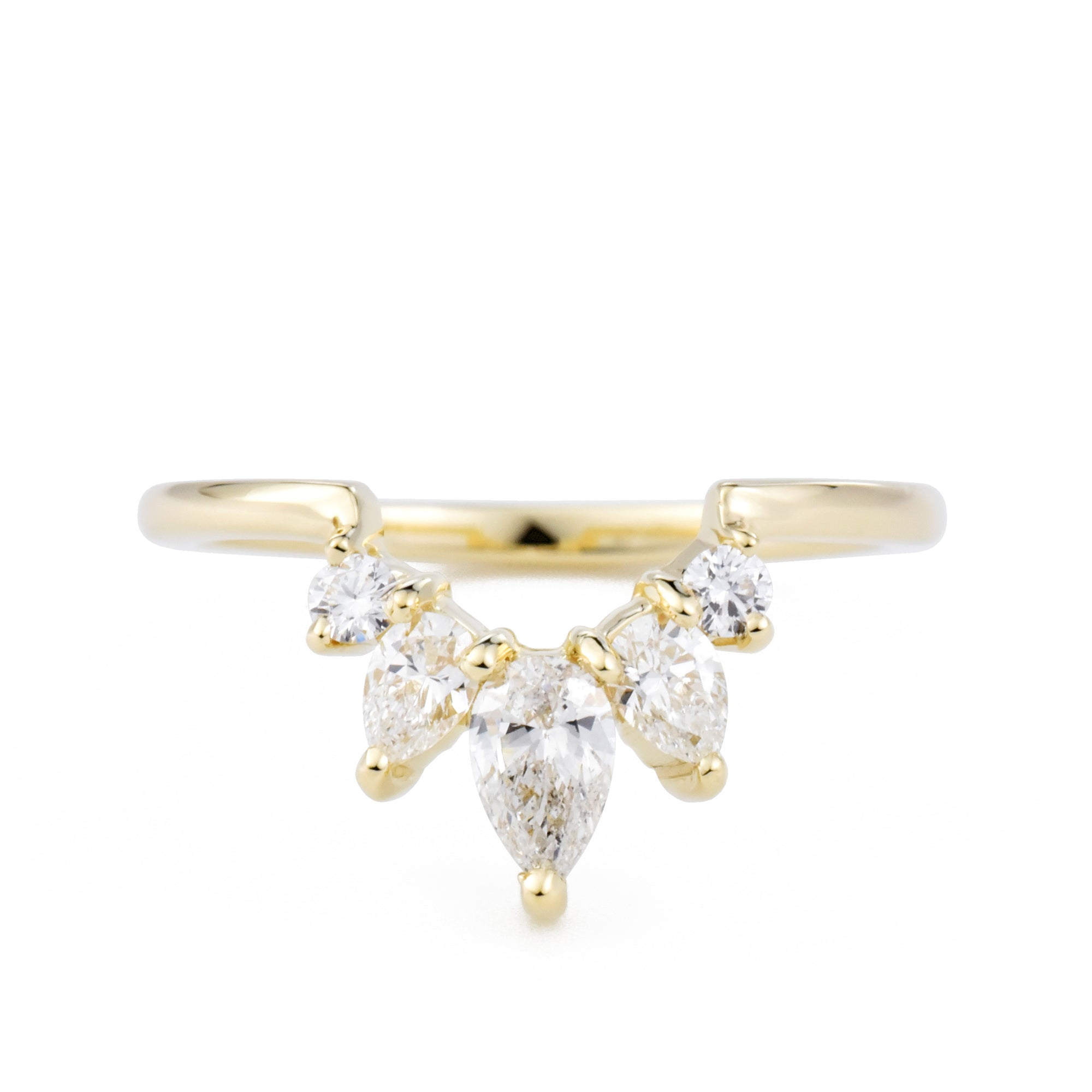 Reina Diamond Contour Band in yellow gold