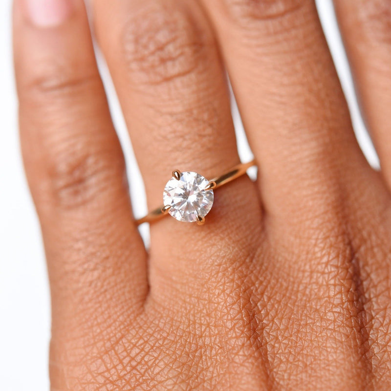 Vera 1ct Moissanite Solitaire Engagement Ring