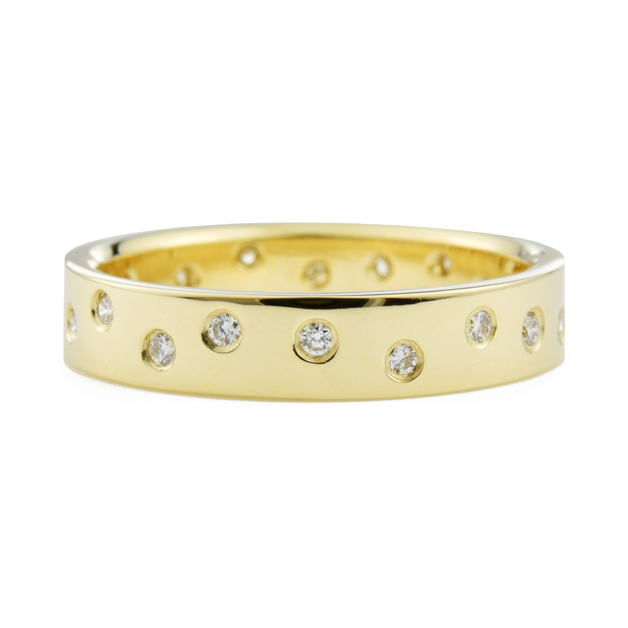 Wandering Diamond Band 4mm in yellow gold