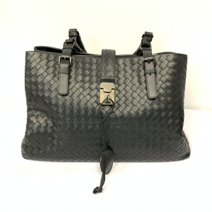 BOTTEGA VENETA Black Roma Handbag