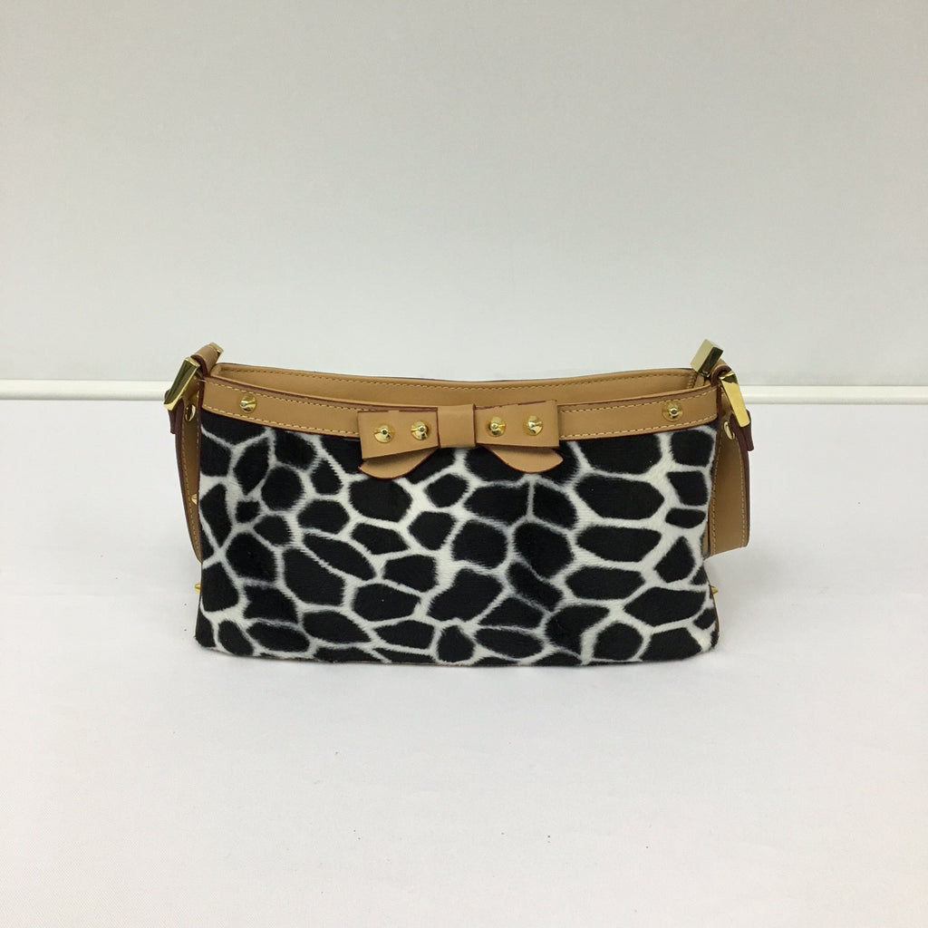 Black and White Giraffe Print Purse