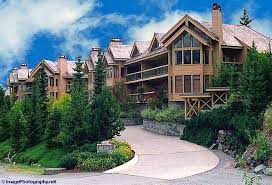 Whistler 2 Bed 2 Bath Ravencrest Condo Ski Package