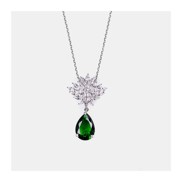 Exquisite Green Necklace