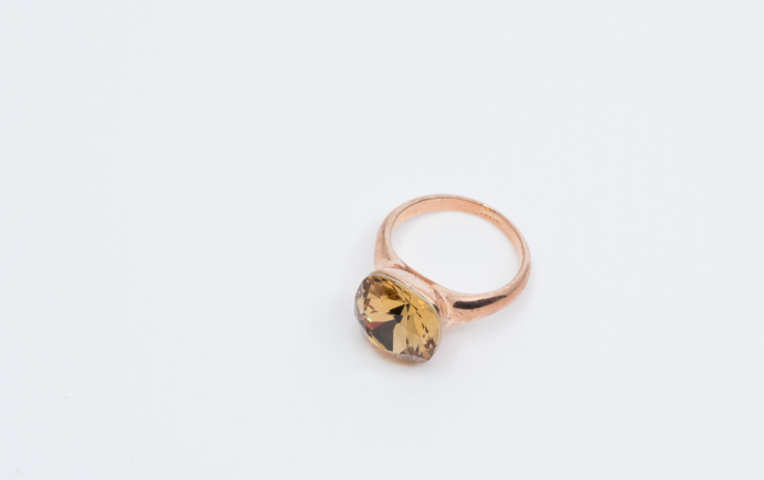 Exquisite Gold Ring
