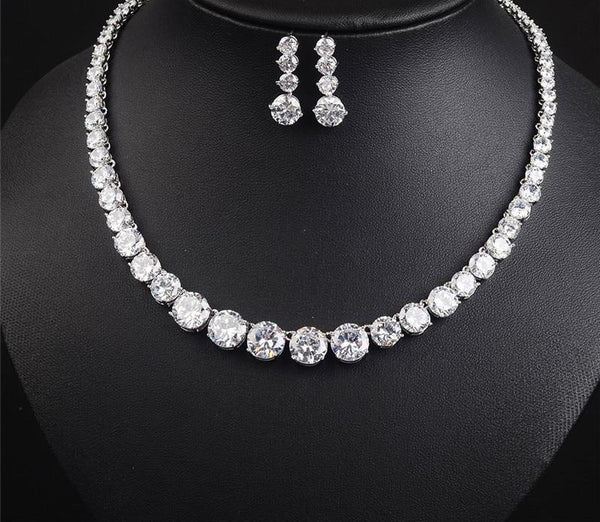 Round Cut Zirconia Set