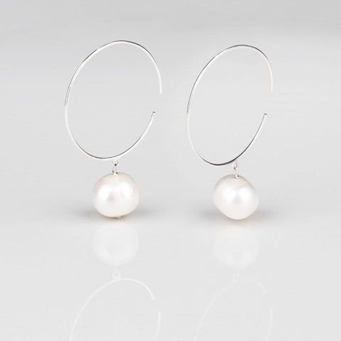 Pearl Sphere -Silver hoop earrings with Pearls- Opuline