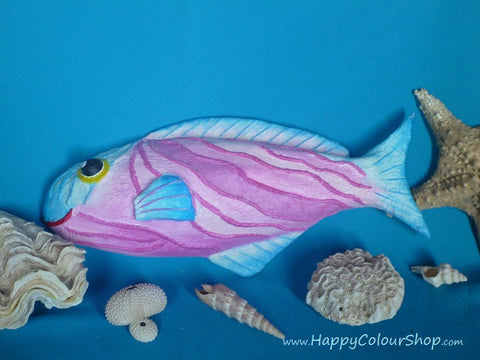Smiling pink and turquoise fish